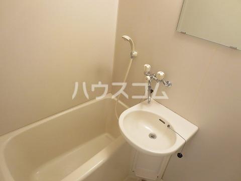 エクセレンス緑丘 112号室の風呂