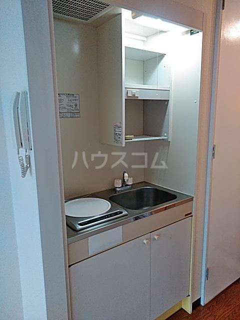 プレリュード狛江 203号室のキッチン