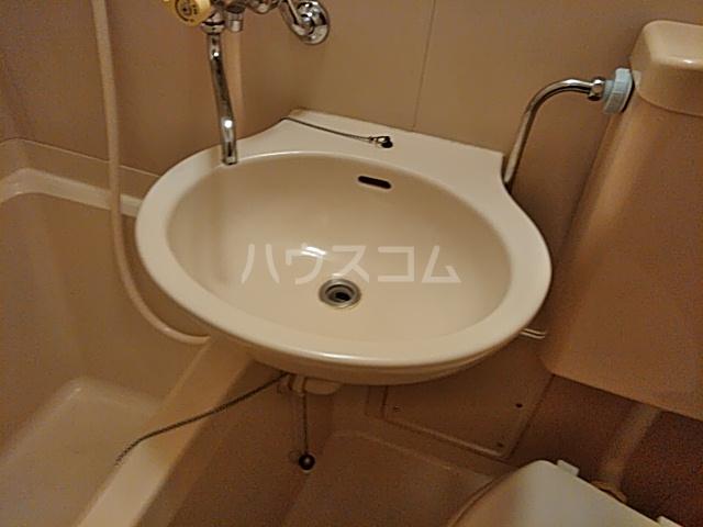 プレリュード狛江 203号室の洗面所