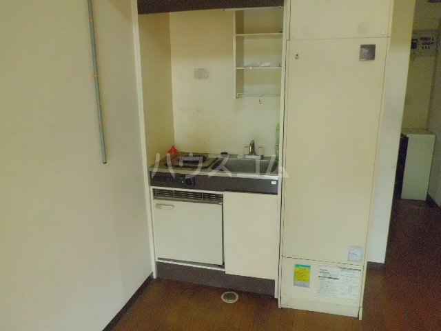 リード欠町 201号室のキッチン