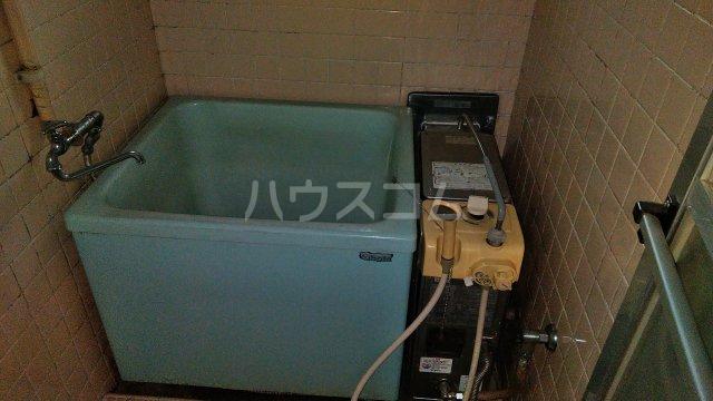 神池ハイツ B棟 110号室の風呂