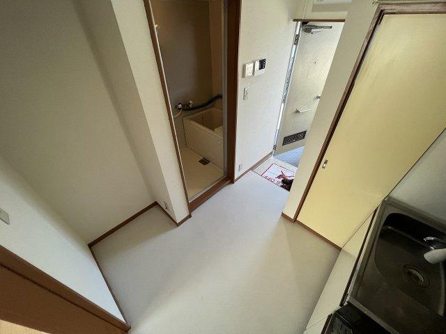 コーポラスやまと B202号室のベッドルーム
