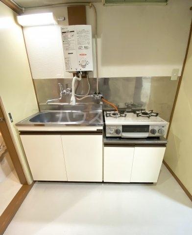 コーポラスやまと B202号室のキッチン