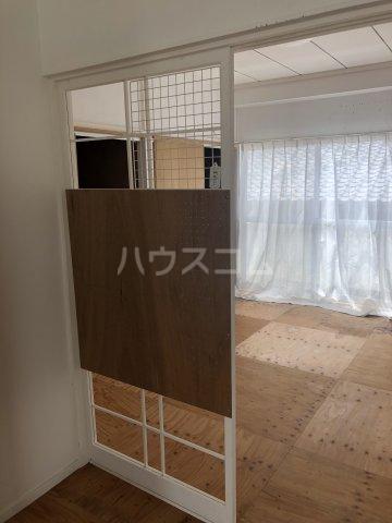コーポ倉屋敷 301号室の居室