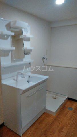サンヴィレッテ 105号室の洗面所