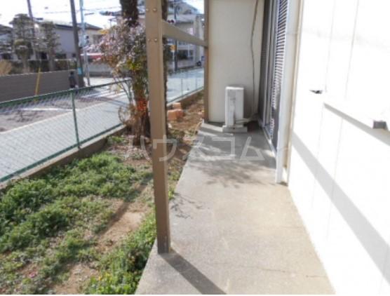 神取ハイツ 103号室の庭