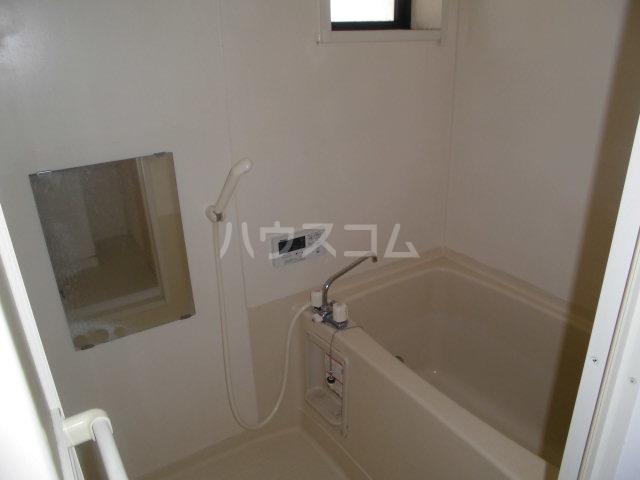 ハイツセラA 203号室の風呂