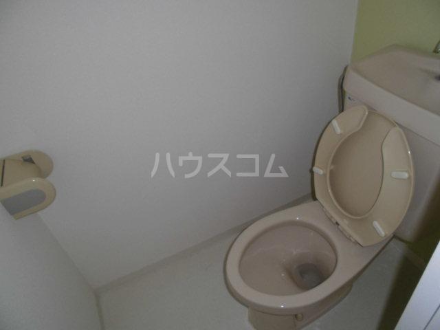 ハイツセラA 203号室のトイレ