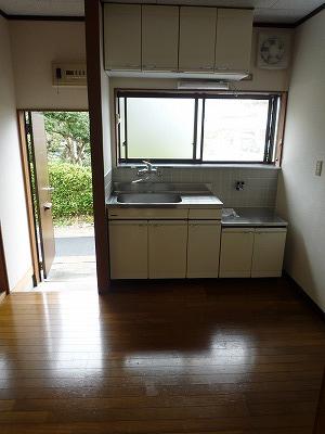 杉浦荘 3号室のリビング