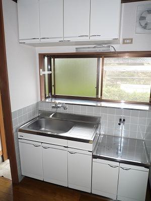 杉浦荘 3号室のキッチン