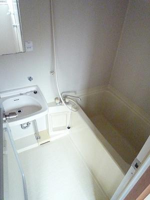 杉浦荘 3号室の風呂
