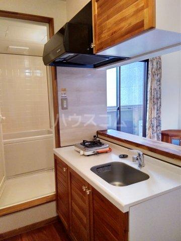 セザンヌ中条 107号室のキッチン