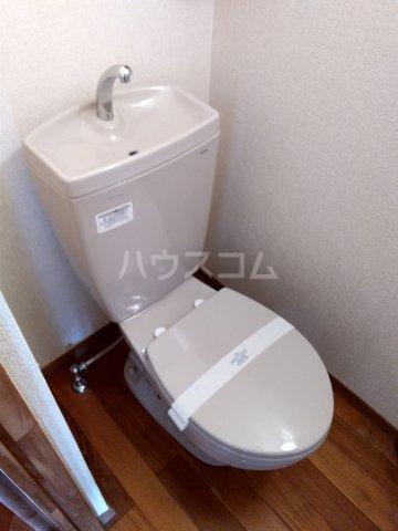 セザンヌ中条 107号室のトイレ