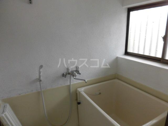 トータスハイツ 201号室の風呂