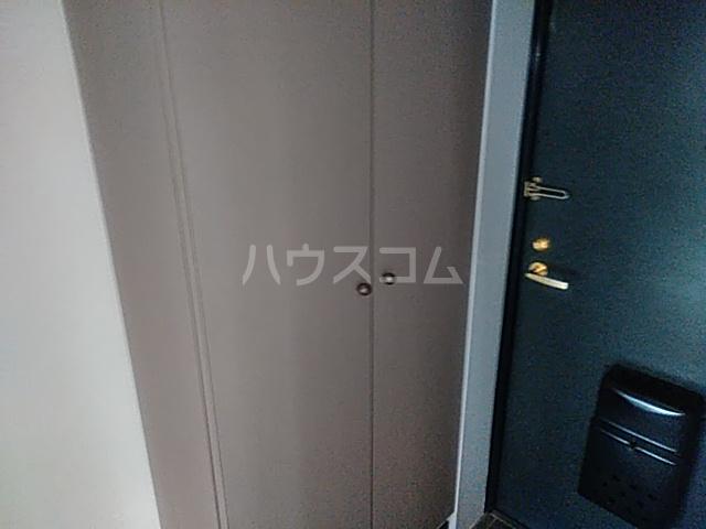 カーサジオ 207号室の玄関
