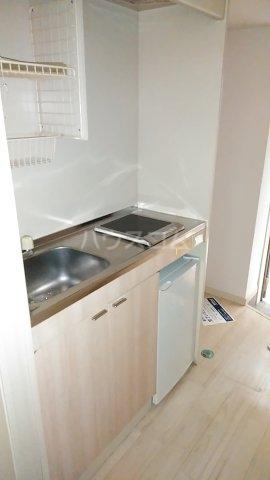ジュネパレス市川第51 0104号室のキッチン