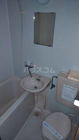 ジュネパレス市川第51 0104号室の風呂