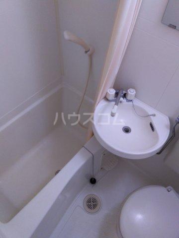 プリンスヒルC 108号室の風呂
