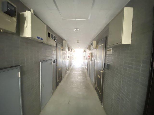 ウイング大久保 213号室のロビー
