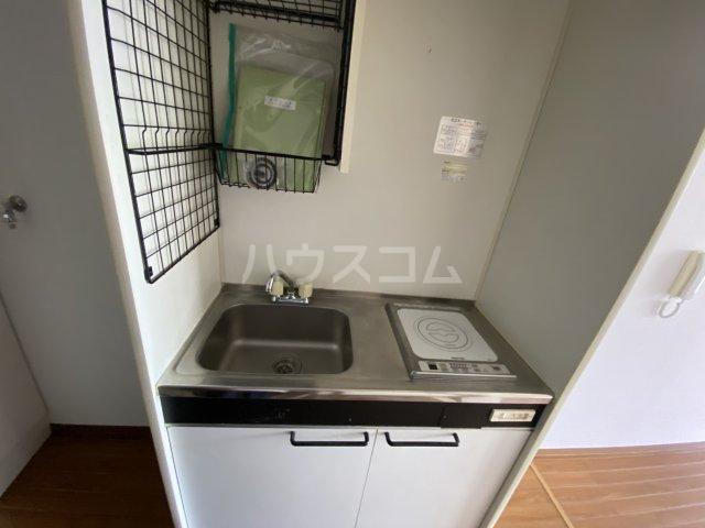 ウイング大久保 213号室のキッチン