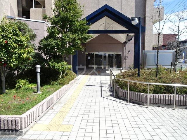 ビレッジハウス京ヶ峰タワー 513号室のエントランス