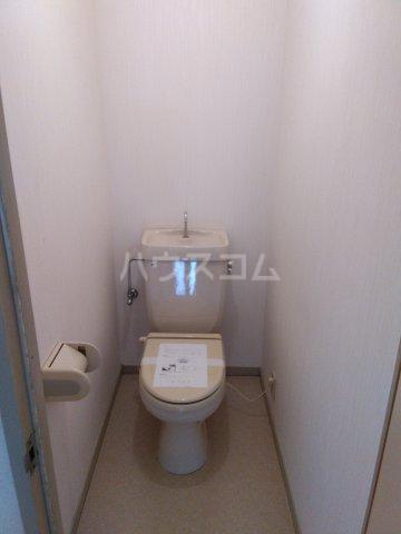ラフォーレ西沢 103号室のトイレ