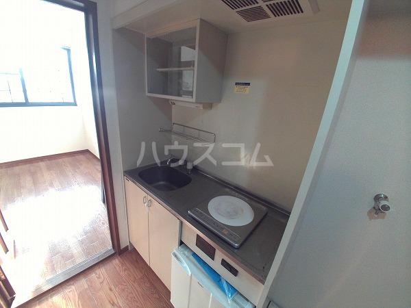 エクセレンス石神 203号室のキッチン