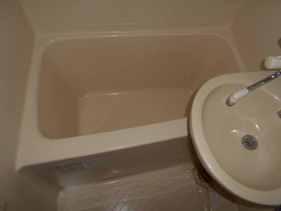 ハイツチェリーブロッサム 4F号室の風呂
