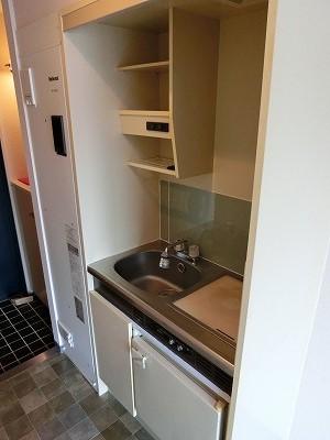 GATHER24 405号室のキッチン