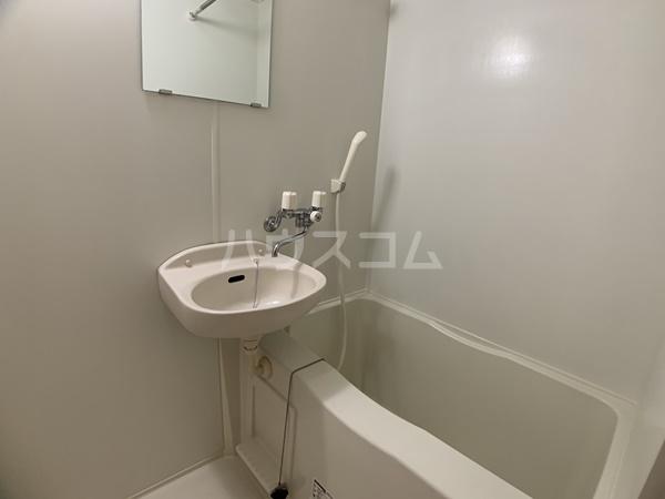 レオパレスバローネⅡ 105号室の風呂