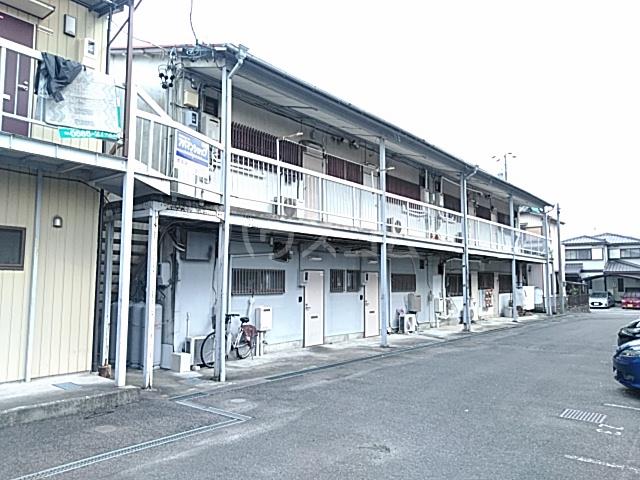 富士荘D(北) 202号室の玄関