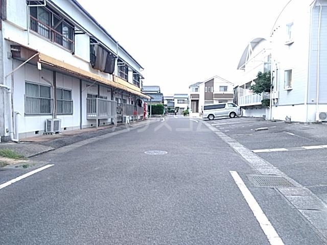 富士荘D(北) 202号室の駐車場