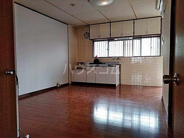 富士荘D(北) 202号室のリビング