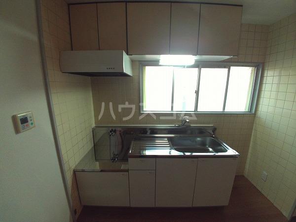 シャトルことぶき 207号室のキッチン