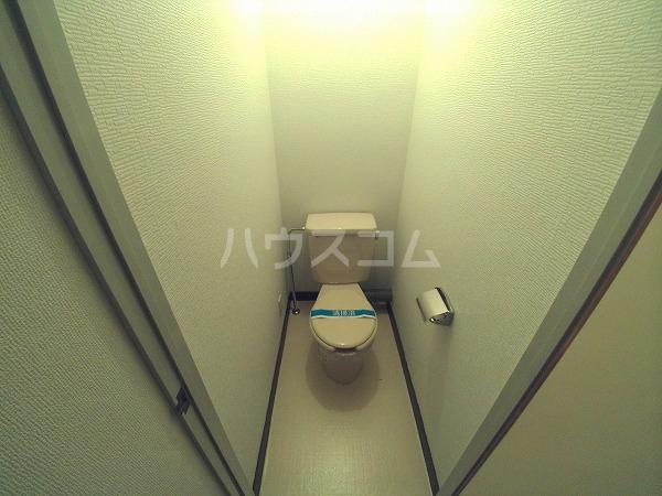 シャトルことぶき 207号室のトイレ