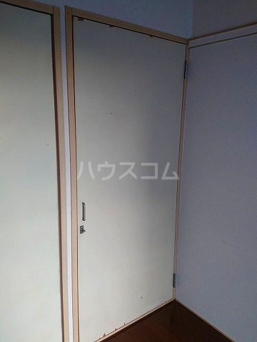 サンライズ6 613号室の洗面所