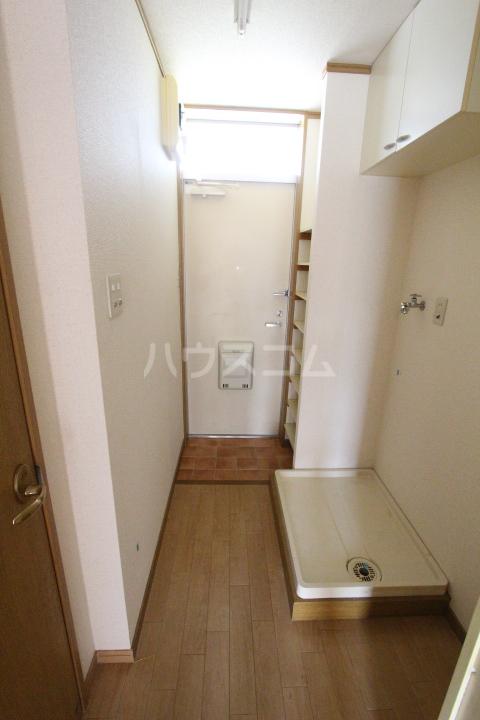 エスポワールかざみ 204号室の玄関