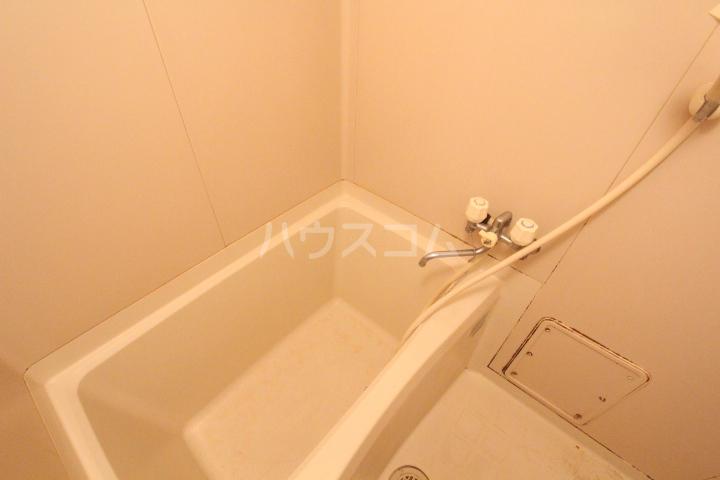 エスポワールかざみ 204号室の風呂