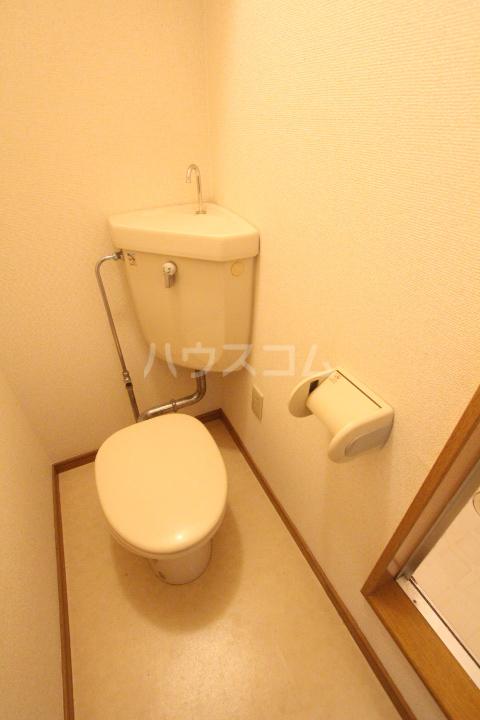 エスポワールかざみ 204号室のトイレ