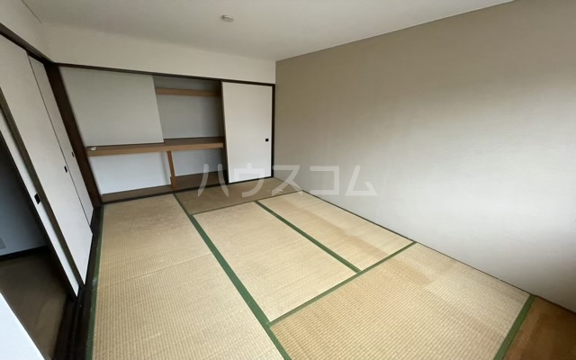 プリマベーラ 102号室のバルコニー