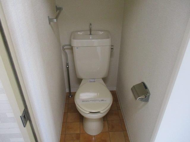グレースハイツごとう 105号室のトイレ