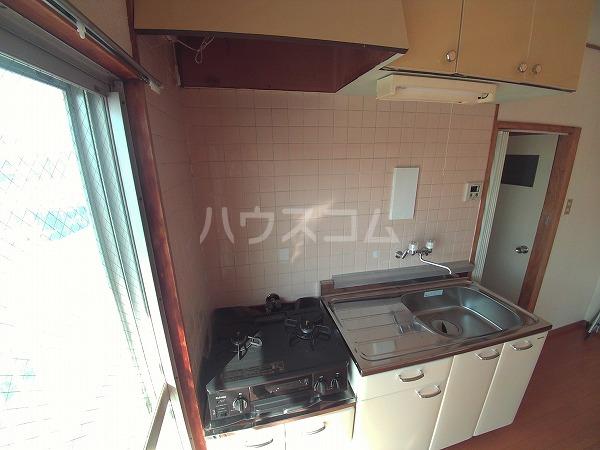 畔柳ハイツ 301号室のキッチン