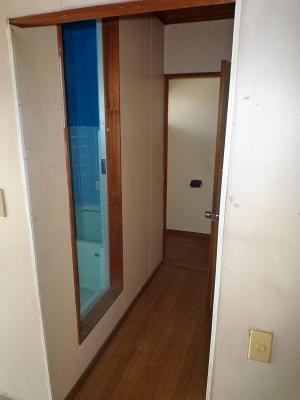 コーポ井川 101号室のエントランス