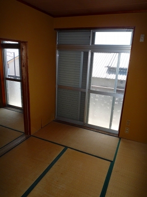 コーポ井川 101号室のリビング