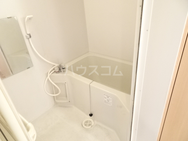 テラ・メゾン B棟 207号室の風呂