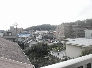 メゾン・ド・セリーヌ 303号室の景色