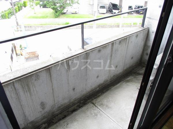 グランドビュー大池 501号室のバルコニー
