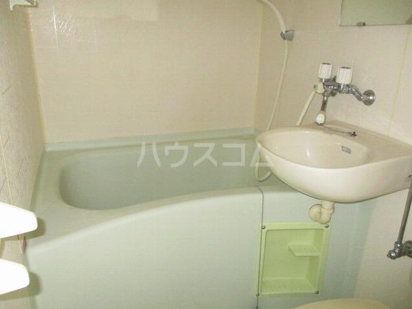 グランドビュー大池 501号室の風呂