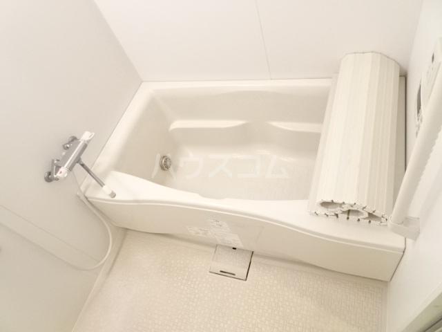 シャトー大豊 302号室の風呂
