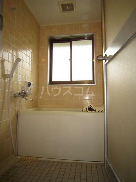 メゾンブランシュ3 202号室のトイレ